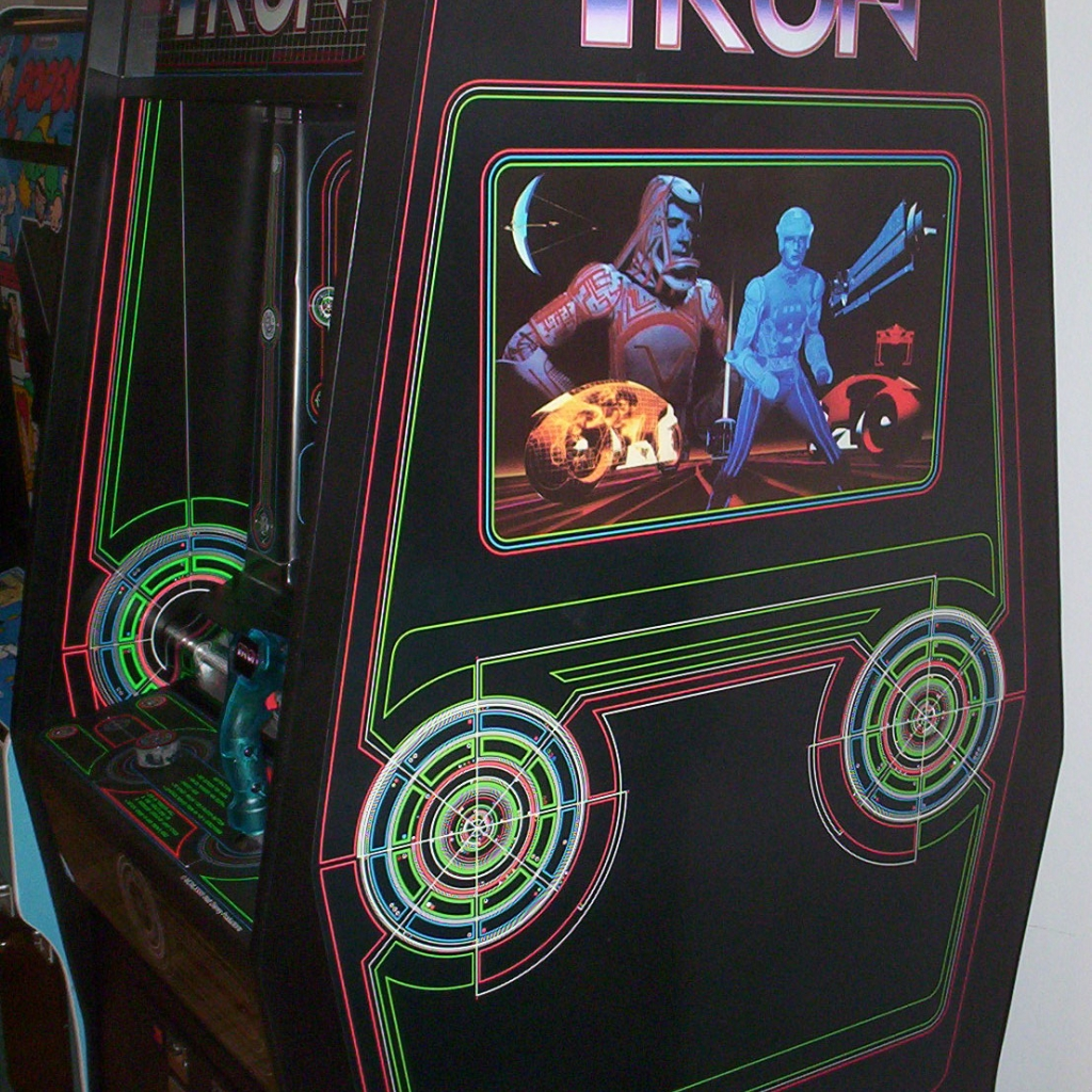 Tron Side Art